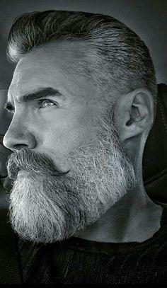 Beard beard no moustache Trimmed Beard Styles, Faded Beard Styles, Beard Styles For Men, Hair And Beard Styles, Beard And Mustache Styles, Beard No Mustache, Bald Head With Beard, Round Face Men, Bearded Men