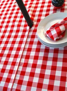 Christmas red black plaid tablecloth, Christmas Table tree, red ...