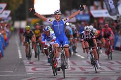 Matteo Trentin wins the final stage of the 2017 Vuelta a Espana