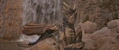 Dragons have been popular in films for years. Dragonheart is an older example, Sean Connery voices the dragon for the film. Big Dragon, Dragon Heart, Galaxy Movie, Blog Backgrounds, Sean Connery, Fantasy Movies, Fantasy Landscape, Reference Images, Love Movie