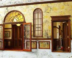 「洋館 明治 大正 玄関」の画像検索結果