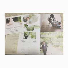wedding report . . profile book 正方形サイズ . . p1.表紙 p2.挨拶文 p3.love story p4.profile p5.Q&A p6-7.席次表 p8.MENU  の構成にしました . . オーダーメイドだったので デザインは何度もやりとりを重ねて わがままを聞いて頂きました . 前撮り写真もたくさん載せたかったけど 自分大好き&自己満っぽいのも嫌だし、 そんな画になる二人でもないので、 適度にしておきました。笑 . . だけど紙質もサイズも 事前にちゃんと自分の目で見てから 決めればよかったなーとちょっぴり後悔。 . 届いたのが結婚式一週間前で イメージと異なり衝撃を受ける。笑 まあ、素敵だったんだけど . プロフィールブックは ペーパーアイテムひとまとめにできるし オススメです(*^^*) . . #キャメロットヒルズ #アネックス#ペーパーアイテム #profilebook #プロフィールブック #lovestory #席次表 #前撮り #ロケーションフォト #adorestudio #マツガシタタカコ