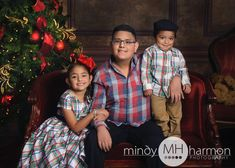 A holiday portrait session with a lot of cuteness going on!  Call the studio to book your session 281-296-2067 or online at mindyharmon.com #mhp #mindyharmon #thewoodlandsphotographer  #makingmemories  #holidayportraits #children #bestofthewoodlands #studioportraits