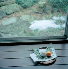 rinko kawauchi/ design boom  untitled (from the series 'cui cui', 2005)  © rinko kawauchi
