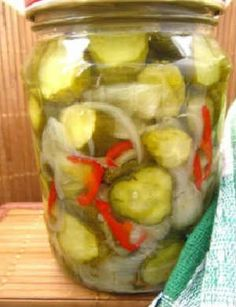 Салаты из огурцов на зиму самые вкусные_консервированный с луком и сладким перцем
