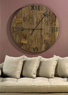Una tapa de barril de vino, convertida en reloj.