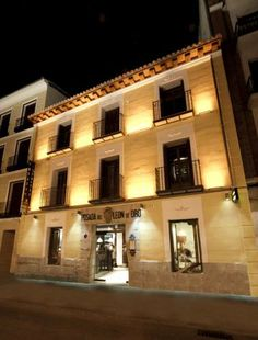 This week's EDITOR'S PICK is Posada del León de Oro in Madrid. Read the full review on our Facebook Page!