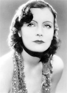 Greta Garbo (© General Photographic Agency/Getty Images)