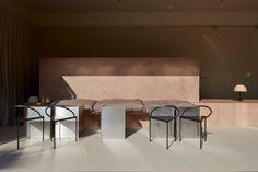 Project: La Petite Cafe Interior Design by Bone Studio Location: Al Ain, Abu Dhabi, United Arab Emirates Photography by Oculis Project Furniture & Lighting Cafe Interior Design, Cafe Design, Studio Design, Abu Dhabi, Style Brut, Metal Sink, Cafe Seating, Light Architecture, Interior Architecture