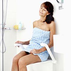 Klappsitz für die Dusche. Duschen ist eine der kleinen Freuden im täglichen Leben. Dabei erleben Sie eine Zeit der Entspannung und des Wohlbefindens. Mit dem Relax Duschklappsitz können Sie sich einfach zurücklehnen und erleben so bei jedem Duschen Momente der Ruhe und Erholung. Relax, Strapless Dress, Tops, Dresses, Fashion, Folding Seat, Showers, Recovery, Feel Better