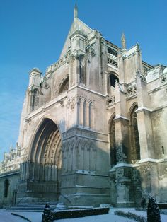 Saint Omer cathedral under the snow, january 2012