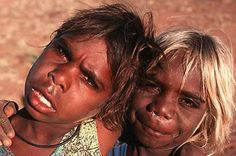 Aboriginal children- look at that blonde hair! Aboriginal Children, Aboriginal History, Aboriginal Culture, Aboriginal People, Aboriginal Art, Australian Aboriginals, Indigenous Tribes, Black History Facts, Out Of Africa