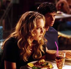 Misc and Old Shows - Roswell - Season 2 - Promotional Episode Photos - Majandra Delfino, Brendan Fehr, Jason Behr, Newest Tv Shows, Old Shows, Popular Shows, Best Couple, Aliens, Evans