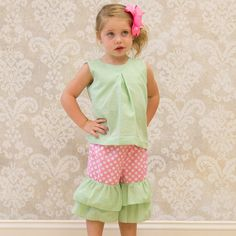 Lolly Wolly Doodle Lime Seersucker Capri Set