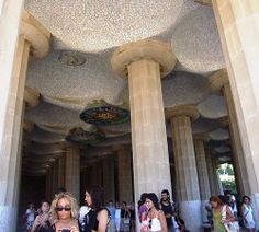 At Parc Guell there  are large areas covered in mosaic tiling. The park was built between 1900-1914, originally planned to be a garden city on the estate of Eusebi Guell. Only two houses were built out of the 60 originally envisioned; Gaudi himself l VIP трансфер в Барселону  и Качественный трансфер, многолетний опыт работы с клиентами, Билеты на футбольные матчи   трансфер, отдых, #travel