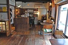 ふわふわのホットケーキにファン多数の喫茶店「cafe CONVERSION 千住二丁目店」|ことりっぷ