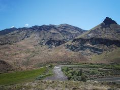 Tales of a Gutsy Hiker - John Day Fossil Beds