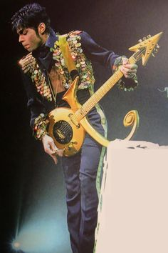How to Really Dress Like a Rock Star: 5 Style Lessons From Prince's Instagram