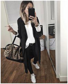 "Pocket: 4,913 Likes, 60 Comments - Audrey Lombard (@audreylombard) on Instagram: ""Les manteaux de Margaux ? @margauxlonnberg ? • Trench-coat en soie #margauxlonnberg (from…"""