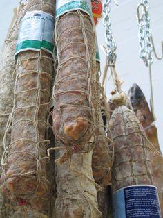 Estágios da fabricação do salame   eHow Brasil