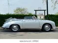 Download this stock image: Porsche 356 Speedster at Chatham Dockyard classic car show - E0MB1K from Alamy's library of millions of high resolution stock photos, illustrations and vectors.
