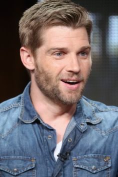 Mike Vogel at event of Childhood's End (2015)