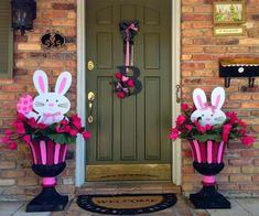 décoration-extérieur-Pâques-idées-fleurs-lapins-porte-entrée