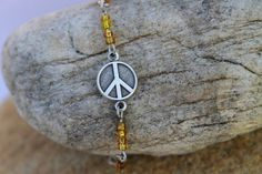 Last 1 available! $10 #etsy #Jewelry #peace #fashion #Bracelet #peacesign