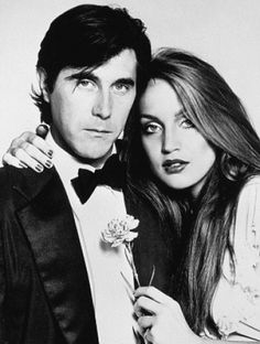 Some photos I've scanned of Jerry Hall and once time fiance, Roxy Music's Bryan Ferry. Bryan loved her desperately, but she left him for Jag. Jerry Hall, Prinz Charles, Prinz William, 1970 Style, Musica Pop, Roxy Music, Elisabeth Ii, New Wave, Famous Couples