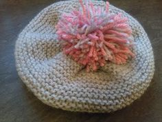Bonnet Béret 12/24 mois au tricot - YouTube Knitted Hats, Crochet Hats, Beanie, Lily, Couture, Knitting, Inspiration, Bonnets, Wool Hats
