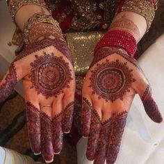 Henna stain results of the mehndi henna purchased from @hennabyafruza #henna #hennaart #hennapattern #hennabride #hennadesign #mehndi #mehndipattern #mehndidesign #mehndiart #mehndistaon #desi #dulhan #bride #shaadi #wedding #dubai #dubailife #jewelry #art #tattoo #bodyart #design #pattern #tribal #mandala #ethnic #potd #goodnight