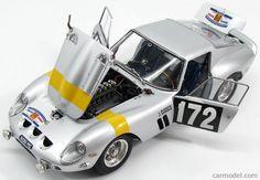 CMC M157 Scale 1/18  FERRARI 250 GTO COUPE N 172 WINNER TOUR DE FRANCE 1964 L.BIANCHI - G.BERGER SILVER