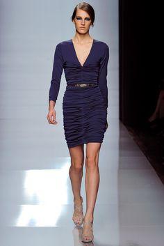 Emanuel Ungaro Spring 2012 Ready-to-Wear Fashion Show - Othilia Simon (SILENT)
