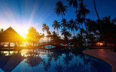 Sunrise in a Thailand resort wallpaper