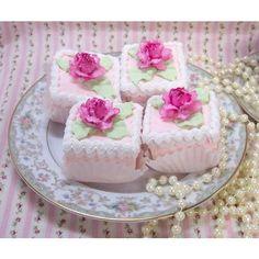 Petit Fours -- my VERY favorite dessert!!