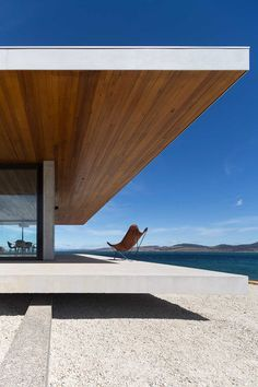 Dunalley House by Stuart Tanner Architects - Architektur - Architecture Architecture Design, Stadium Architecture, Australian Architecture, Minimalist Architecture, Modern Architecture House, Residential Architecture, Modern House Design, Modern Buildings, Contemporary Design