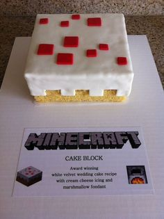 Minecraft Cake Block (source unknown) with Marshmallow Fondant. - Mine Minecraft World Bolo Minecraft, Minecraft Food, Minecraft Skins, Minecraft Crafts, Minecraft Buildings, Minecraft Room Decor, Minecraft Earth, Minecraft Bedroom, Minecraft Stuff