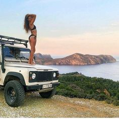 Land Rover (Series & Defenders) and more stuff I like. Land Girls, Trucks And Girls, Jeep 4x4, Jeep Truck, Beach Cars, Beach Fun, Land Defender, Land Rover Freelander, Cool Jeeps