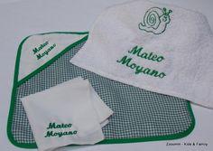 Set de mantelito, servilleta y toalla escolar personalizadas.