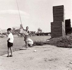 1958年にフランス女優が撮影したヒロシマの日常風景の懐かしさが素敵! – Japaaan日本の伝統文化マガジン