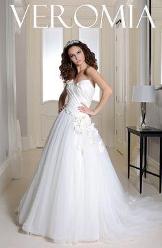 80e36d87df1 9 amazing Veromia Bridal Collection images