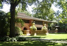 Frank Lloyd Wright designed homes in Oak Park, Illinois  - Travel Photos by Galen R Frysinger, Sheboygan, Wisconsin
