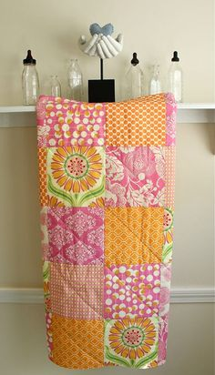 Baby Quilt  - Pop Daisy Crib Quilt - Pink, Orange, and Tangerine