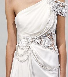 Marchesa - oh the detailing, shape and creativeness - only Marchesa....