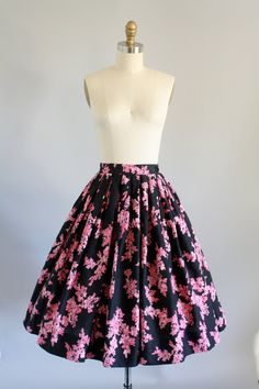 ***************RESERVED. PLEASE DO NOT PURCHASE.    Black full circle skirt with pink floral print. Highwaisted. Metal zipper and button up