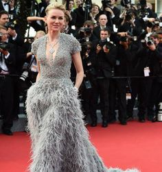 Rundum schön: Naomi Watts Kleid von Elie Saab im Rundumcheck