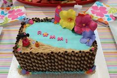 Beach cake at a Hawaiian Luau Party #luau #partycake