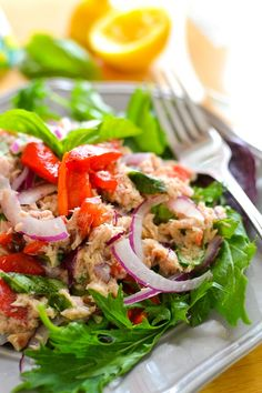 This healthy tuna salad is light and full of flavor! Instead of traditional mayo, it's simply dressed in lemon juice and extra virgin olive oil.
