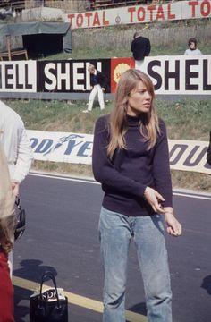 1966 Royat, tournage du film Grand Prix, Françoise Hardy Photo Robert Huhardeaux