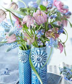 """Und noch mal Frühling für die Vase - in """"meinen"""" Farben (vor allem die Blautöne) :-)"""